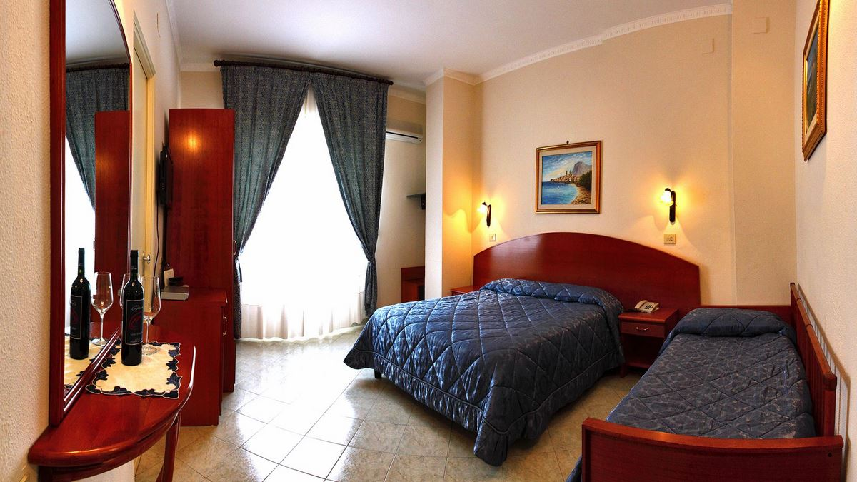 Hotel Mediterraneo Cefal Camere